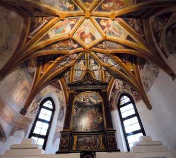 https://visitpinecembra.it/var/pinecembra/storage/images/_aliases/theme_holiday_small_image/8/6/1/1/11168-1-ita-IT/Chiesa_di_Santo_Stefano_Fornace.jpg - RP7